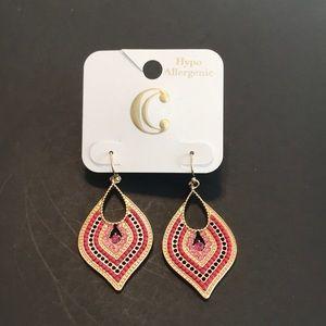 NWT Charming Charlie drop earrings
